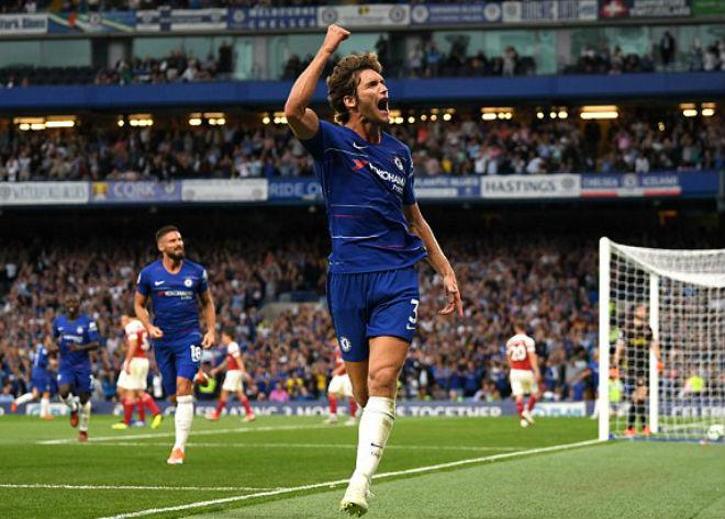 Chelsea 3-2 Arsenal: 'Đôi công' hấp dẫn