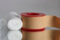 Những thứ bạn cần có trong tủ thuốc tại nhà