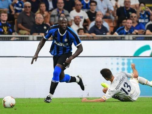 Inter Milan 4-0 Lecce: Lukaku ra mắt hoàn hảo