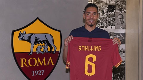 chris smalling bat ngo roi man united cap ben as roma