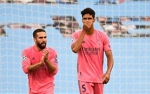 """Man City 2-1 Real Madrid: """"Con cưng"""" hoá tội đồ"""