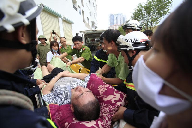 Hà Nội: Cháy chung cư HH4B Linh Đàm