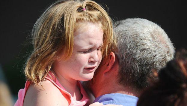 Mỹ: Thiếu niên bắn chết cha, xả súng tại trường tiểu học