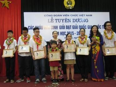 Công đoàn Viên chức Việt Nam: Vì sự nghiệp trồng người