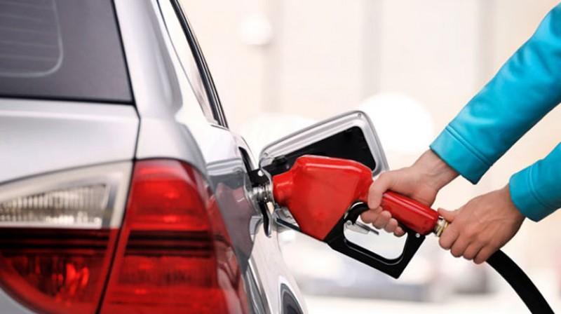 Những lưu ý để giúp ô tô tiết kiệm xăng
