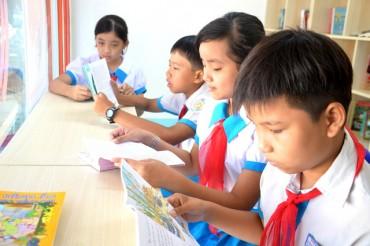 """Quảng Nam: Biến container thành thư viện """"5 sao"""" cho học sinh"""