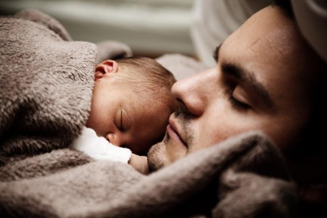 Trái tim bạn sẽ thổn thức khi ngắm 10 bức ảnh cha con tuyệt đẹp này