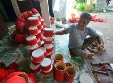 Giữ nghề làm đồ chơi Trung thu truyền thống