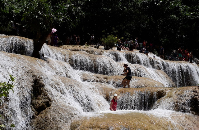 Chiêm ngưỡng dòng thác kỳ vỹ, hoang sơ bậc nhất xứ Thanh
