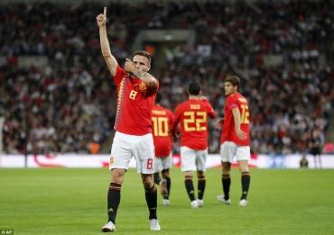 Anh 1-2 Tây Ban Nha: Luis Enrique ra mắt suôn sẻ