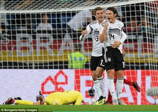 Đức 2-1 Peru: Tuyển Đức 'thay máu' sau World Cup 2018