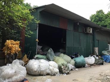 Phường Trung Văn, quận Nam Từ Liêm: Hiểm họa từ các xưởng tái chế nhựa
