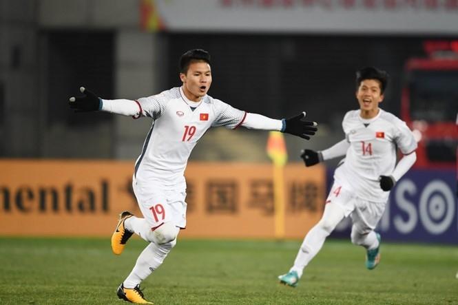 Quang Hải được CLB Nhật Bản mời sang thi đấu
