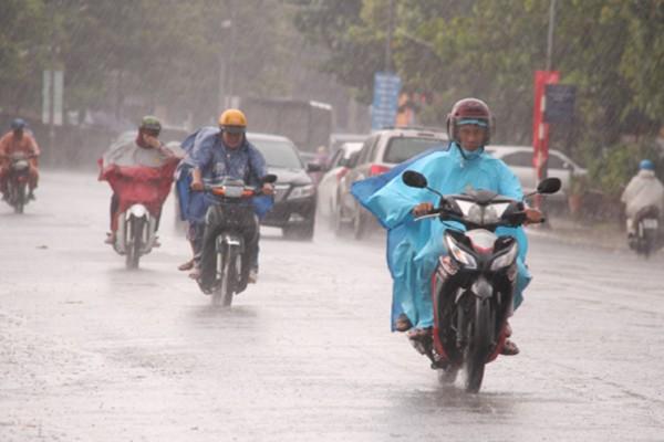 Dự báo thời tiết 2/9, mưa cực to khắp nơi, nguy cơ có lốc