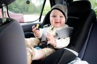 Mách bạn 6 mẹo đơn giản giúp trẻ không bị say xe