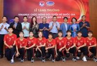 Vinamilk trao thưởng Đội tuyển nữ quốc gia đoạt chức vô địch Đông Nam Á 2019