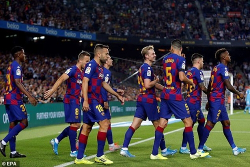 Barcelona 5-2 Valencia: Hủy diệt 'bầy dơi'