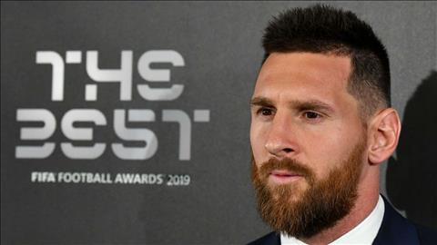 Vượt qua Ronalo và Van Dijk, Messi lần đầu giành