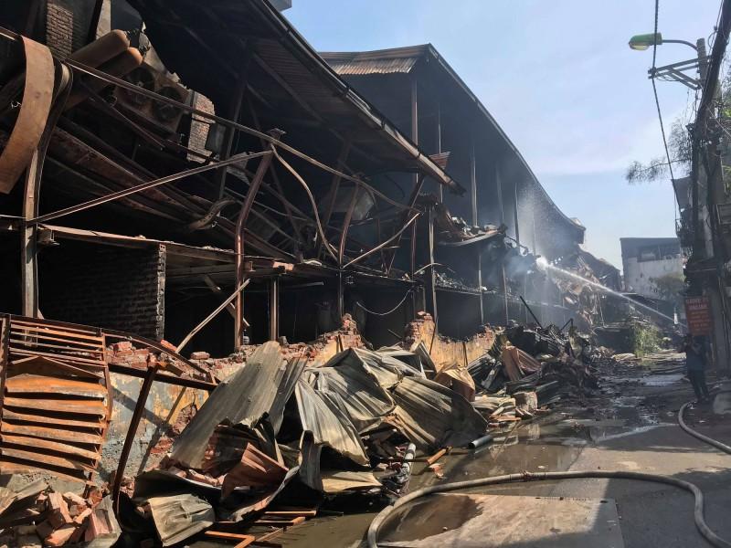 """Phòng cháy, chữa cháy tại các kho xưởng: Không để """"mất bò mới lo làm chuồng""""!"""