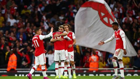 Man Utd - Arsenal: 'Pháo thủ' bắn sập Old Trafford