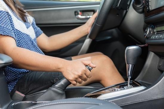 Kỹ thuật phanh xe ôtô an toàn dành cho những tài xế mới