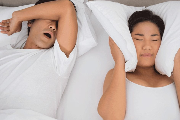 Ngáy khi ngủ cảnh báo điều gì?