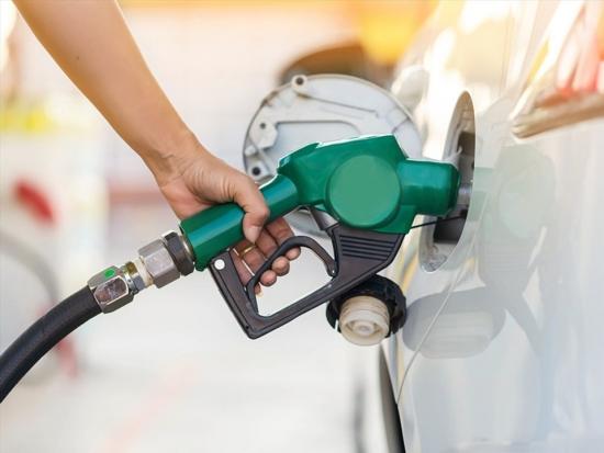 Bình xăng ôtô có nước, xử lý thế nào?