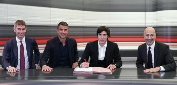 Sandro Tonali gia nhập AC Milan