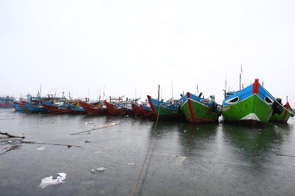 Người dân Đà Nẵng khẩn trương phòng, chống bão số 5