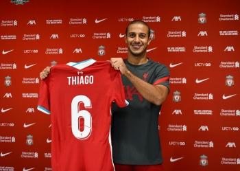 Thiago Alcantara chính thức gia nhập Liverpool