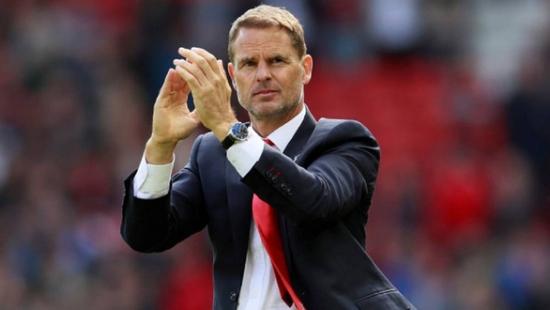 Frank de Boer thay thế Ronald Koeman dẫn dắt tuyển Hà Lan