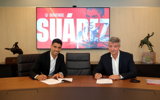 Chia tay Barca, Luis Suarez chính thức gia nhập Atletico Madrid