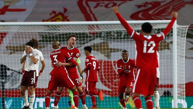 Sau vòng 3 Ngoại hạng Anh: Sức mạnh nhà vô địch