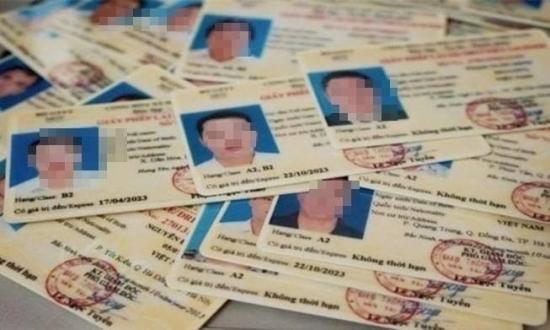 Thời hạn sử dụng của 13 loại giấy phép lái xe hiện hành
