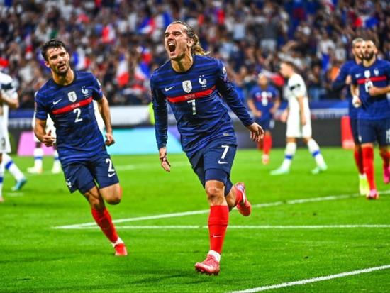 Pháp 2-0 Phần Lan: Griezmann rực sáng, 'Gà trống' xây chắc ngôi đầu