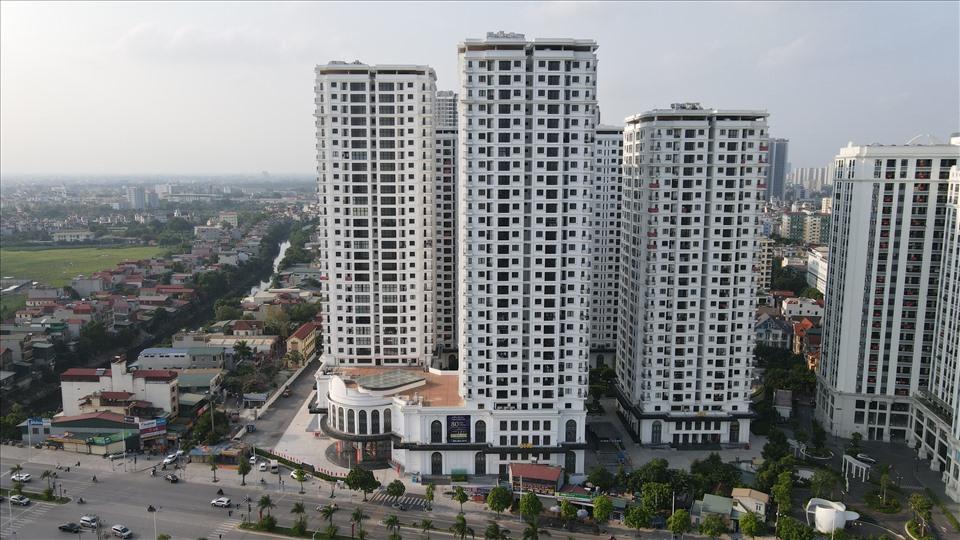 Ảnh hưởng của dịch COVID-19, giá chung cư ở TP.HCM và Hà Nội vẫn không giảm