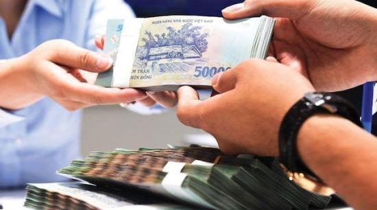 Khách hàng ngóng giảm lãi, giãn nợ