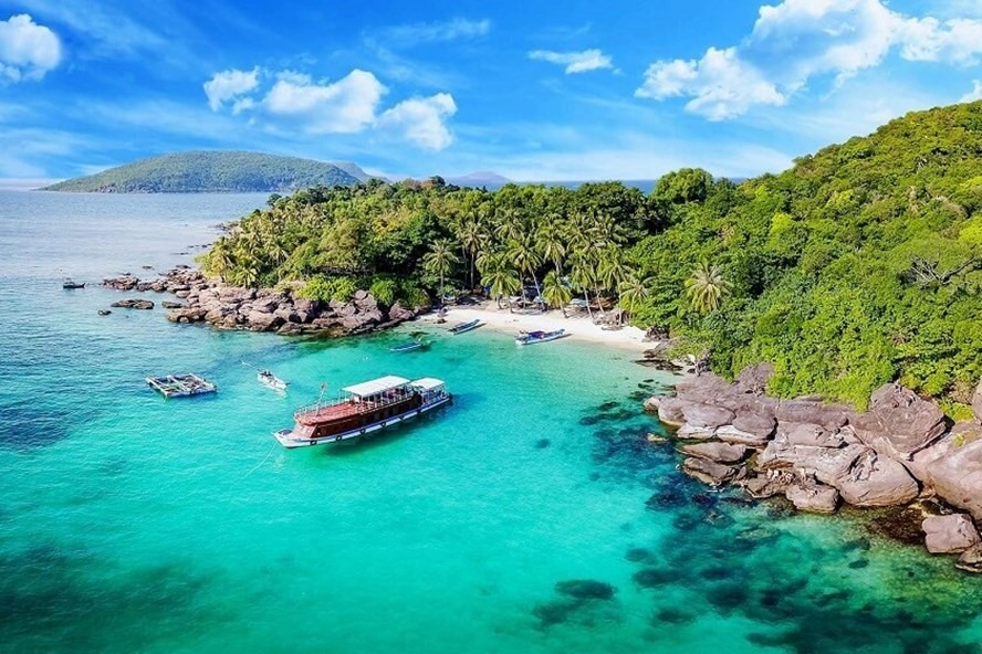 Thí điểm đón khách quốc tế tại Phú Quốc: Du lịch Việt chờ ngày trở lại