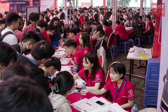Nhiều trường đại học đồng loạt thông báo tuyển sinh bổ sung