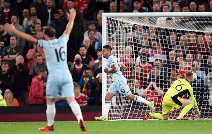 """Man Utd 0-1 West Ham: """"Quỷ đỏ"""" dừng bước ở Cúp Liên đoàn"""
