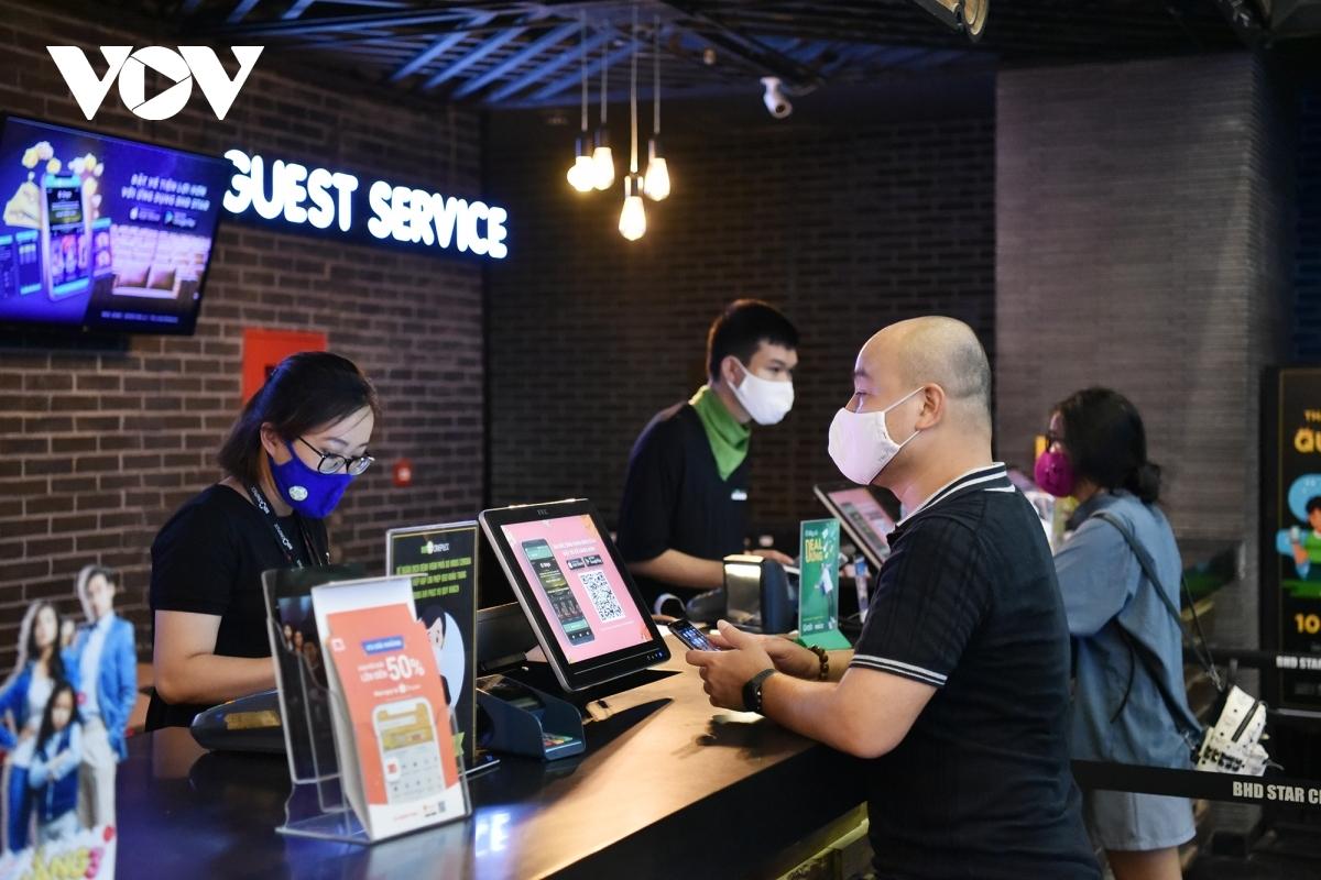 Các doanh nghiệp mong Chính phủ sớm cho phép các rạp chiếu phim được hoạt động trở lại với điều kiện đảm bảo phương án 5K.