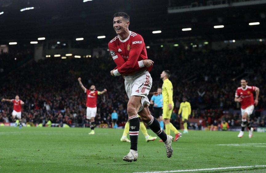 """Man Utd 2-1 Villarreal: C. Ronaldo tỏa sáng, """"quỷ đỏ"""" ngược dòng kịch tính"""