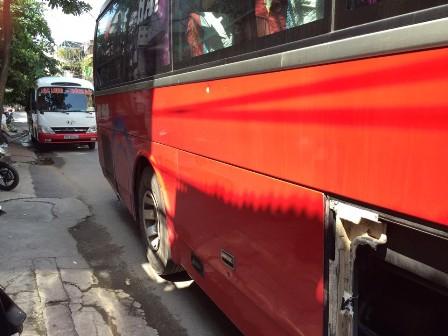 """UB ATGT Quốc Gia đề nghị xử nghiêm vụ hai xe khách """"hỗn chiến"""""""