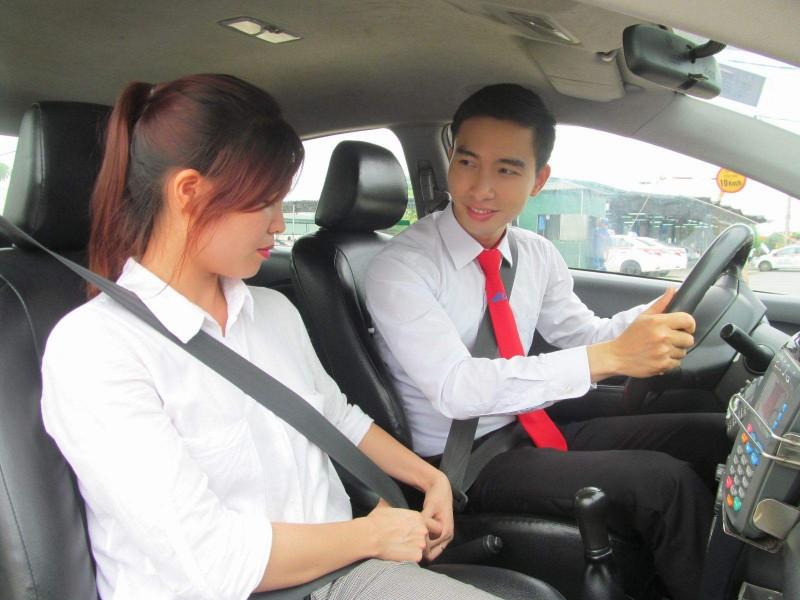 Xây dựng văn hóa lái xe taxi