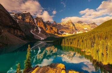 Vì sao bạn nên một lần đặt chân tới Canada?