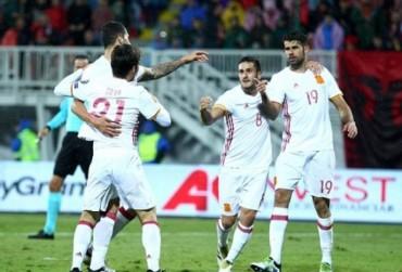 Italia ngược dòng, Tây Ban Nha lên đỉnh