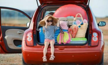 Cho con đi du lịch tốt hơn nhiều là mua đồ chơi