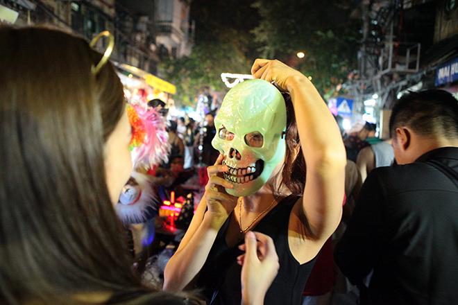 Những địa điểm vui chơi Halloween 'rùng rợn' nhất Hà Nội
