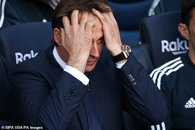 Real Madrid sa thải Lopetegui sau chuỗi thành tích bết bát