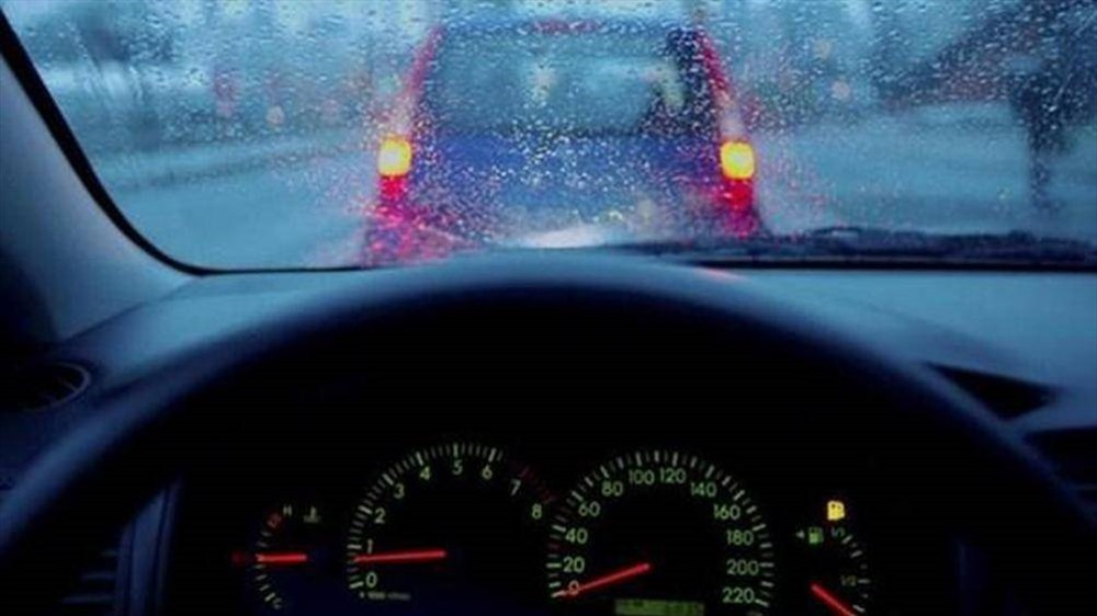 Không khí lạnh tràn về ảnh hưởng thế nào đến ôtô?